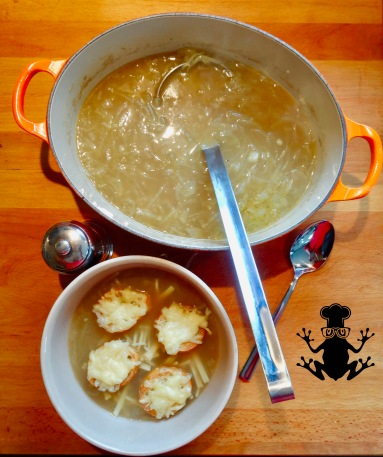 french onion soup - easyfrenchcooking.com